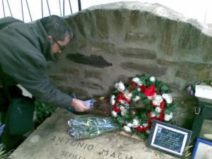 En la tumba d Machado