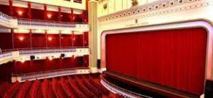 Platea y escenario teatro Bretón