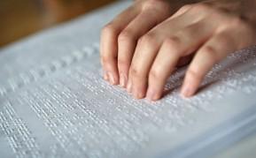 Fotografía escritura en Braille